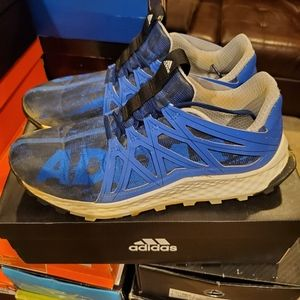 Adidas Vigor Bounce Turf Shoes